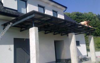 Nadstrešek pred vhodom-nadstreski-teras-in-balkonov-kljucavnicarstvo-marincic-categories_4_69