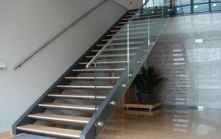 Stopnice-notranje-stopnice-kljucavnicarstvo-marincic-categories_3_43